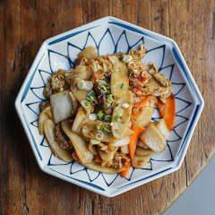 pasta de arroz con cangrejo